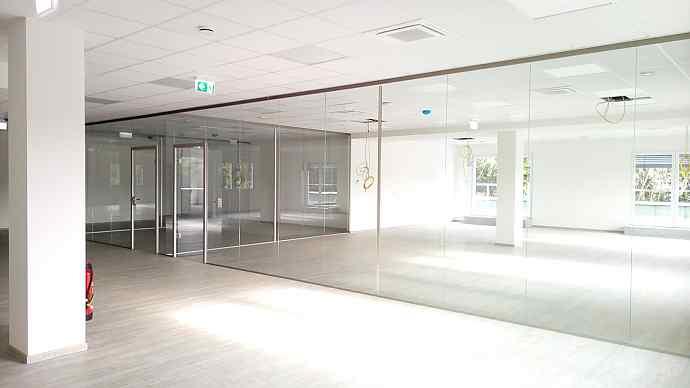 repräsentative Gewerbegebäude, Wohlfühl-Atmosphäre für Mitarbeiter und Kunden